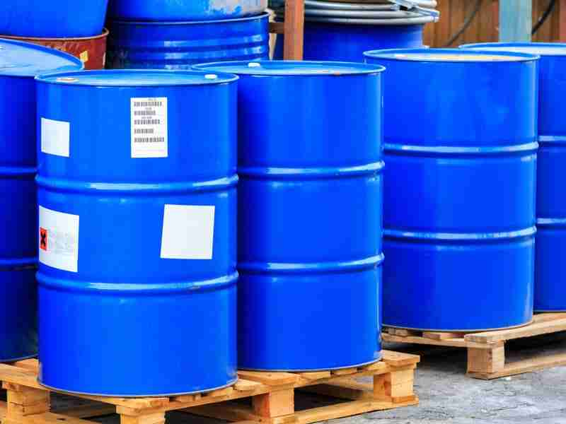 Managing the risks of storing chemicals in the workplace